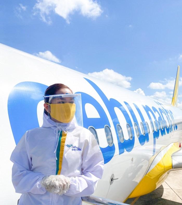 Cebu Pacific flight crew in full PPE