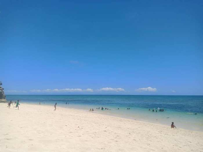 Pinamuntugan Beach photo by Josa Braganza via Facebook Page