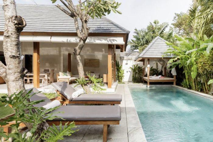 Villa Kim Airbnb in Seminole with swimming pool