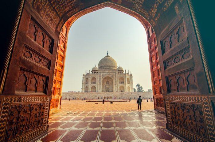 Beautiful Taj Mahal in Agra by Sylwia Bartyzel via Wikipedia CC
