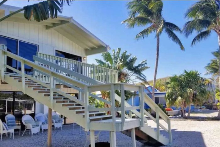 Islamorada home rental on water with access to private beach