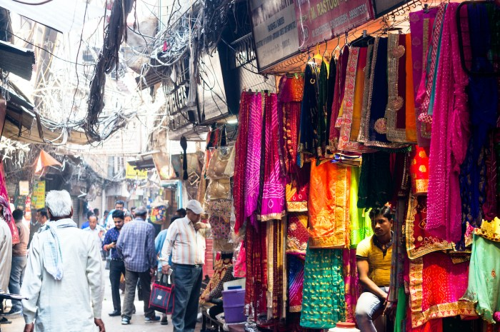 Home.fit Kinari-Bazaar-India-via-Depositphotos Agra Bucket List: Top 15 Best Things to Do in Agra, India