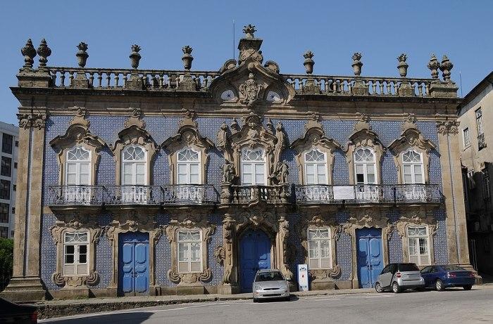 Raio Palace photo by Joseolgon via Wikipedia CC