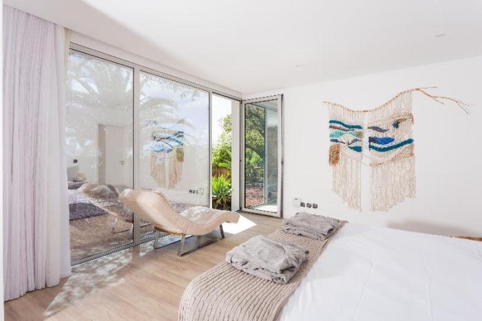 White Exclusive Suites & Villas in Azores