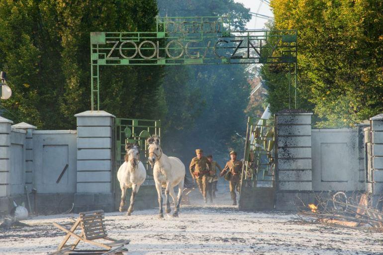 la-signora-dello-zoo-di-varsavia- (1).jpg