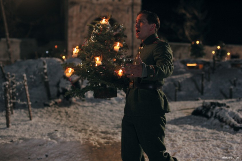 Joyeux Noel -outoutmagazine1.jpg
