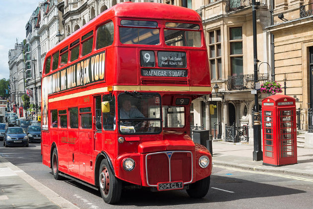bus, outoutmagazine, 1.JPG