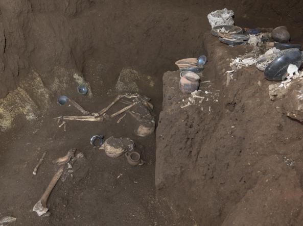 Tomba dell'atleta 2.jpg