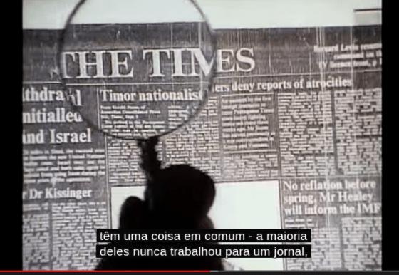 """Cena de """"A fábrica de consensos"""", documentário inspirado em Noam Chomsky"""