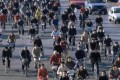 Fórum debate, em S.Paulo, possibilidade de cidades mais igualitárias e humanas, em que ruas e bicicletas substituirão automóveis e shoppings