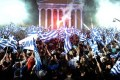 """Gregos vão às urnas em 25/1, podendo derrubar políticas de """"austeridade"""" e iniciar uma revolução democrática. Por isso, FMI e Alemanha já chantageiam.."""