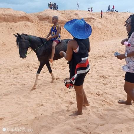 Akwuke sand beach (1)