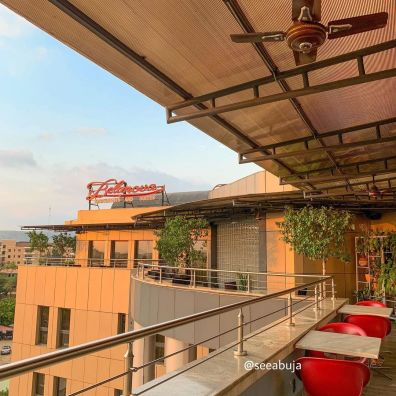 is a rooftop restaurant and lounge in Abuja that offers a fine dinning experience. It's the perfect date night spot and the view especially at sunset is definitely worth it! I was hosted at this restaurant recently and here's how it went.