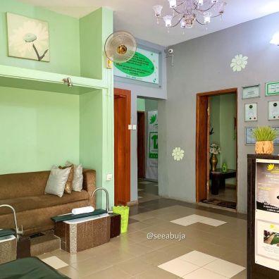 Topaz House Of Beauty (1)