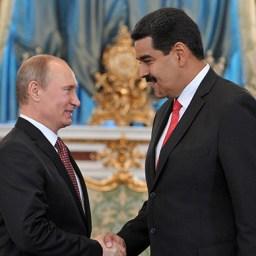 Fórum Econômico Internacional de São Petersburgo: Rússia e Venezuela firmam acordo sobre petróleo