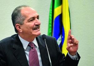 Brasília- DF, 15/05/2014- Aldo Rebelo participa de audiência pública no Senado. FOTO_ ANTONIO CRUZ/ABR 15/05/2014