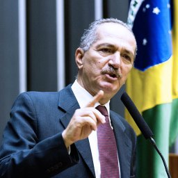 Ministro Aldo Rebelo cumpre agenda intensa em Pernambuco
