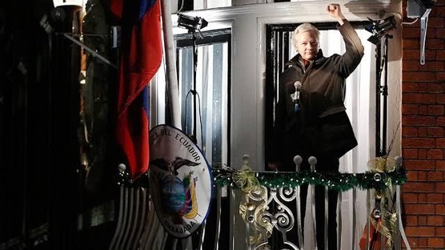 Caso Julian Assange: Equador acusa Suécia de violação dos direitos humanos