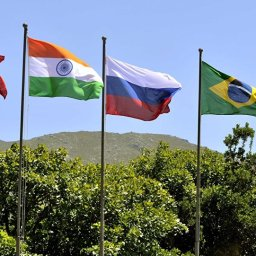 Paulo Nogueira Batista Jr.: Banco BRICS não é Banco Mundial ou FMI