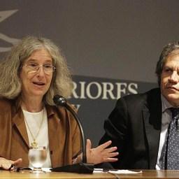 Filha de Noam Chomsky lança livro sobre Cuba e repudia ingerência dos EUA