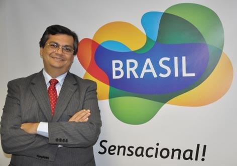 Flávio Dino (PCdoB-MA): o caminho é a educação
