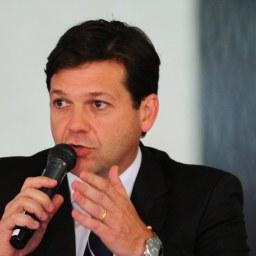 Prefeito do Recife propõe resgate do pacto federativo de 1988