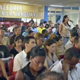 Jovens comunistas cubanos iniciam processo do 10º Congresso da UJC