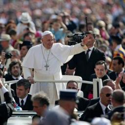 Papa pede mais cuidado com o meio ambiente