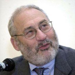 Joseph Stiglitz diz, em novo livro, que Euro nasceu condenado