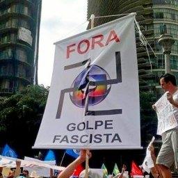 Protesto denuncia Globo como partido fascista