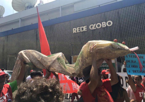 Lula e as serpentes do arcebispo