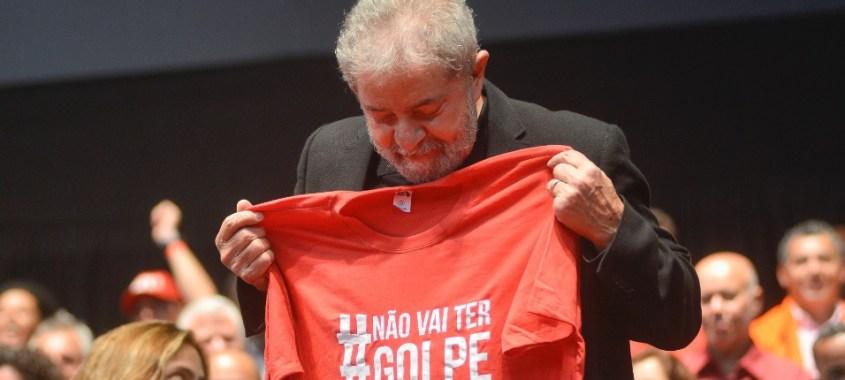Lula pede afastamento de procurador bravateiro e golpista