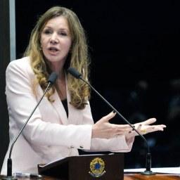 Vanessa Grazziotin (PCdoB-AM) diz que Temer interfere no Congresso