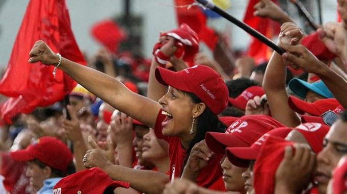Venezuelanos vão às ruas em defesa da democracia