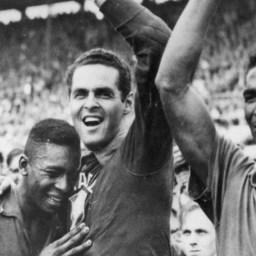 Símbolo de uma era: há 58 anos, país conquistava a primeira Copa do Mundo