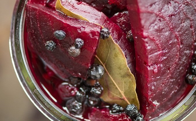 Pickled Beets with Bay Leaf and Juniper