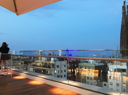 iluminacion terraza hotel