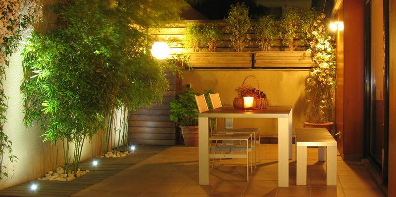 Iluminación terrazas y jardines