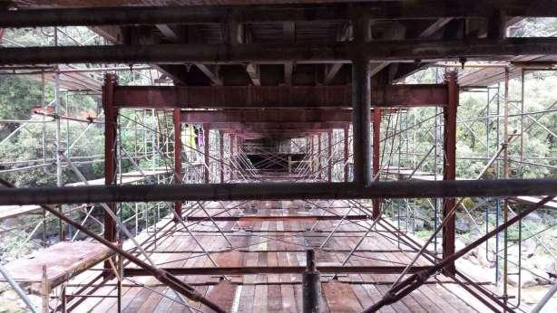 Construction on South Yuba River bridge