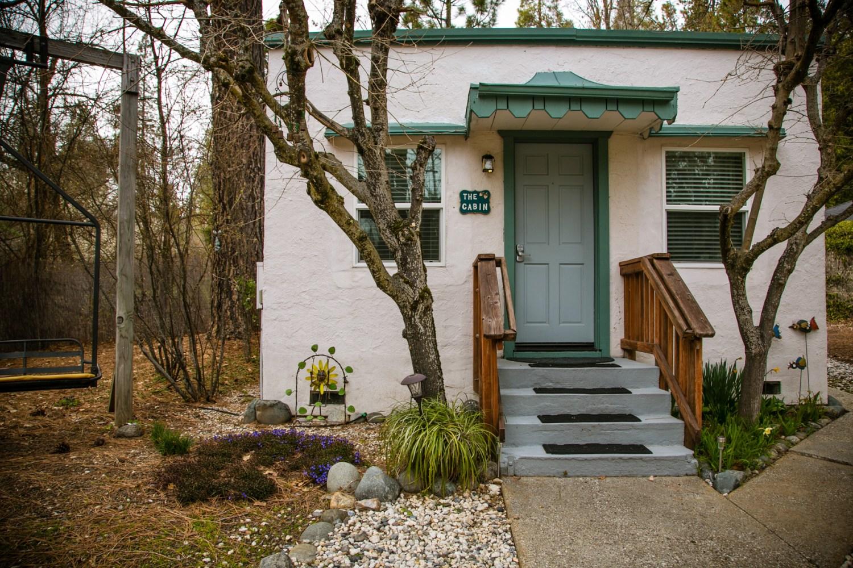 Motel Cabin