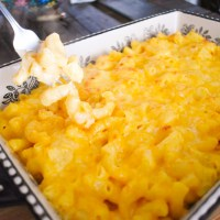 The BEST Mac N Cheese