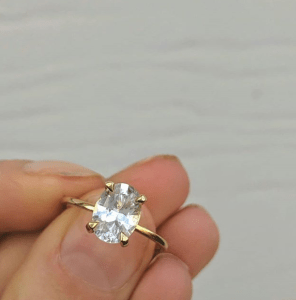 Oval Cut White Sapphire 2ct Engagement RIng Set in 18k Yelllow Gold