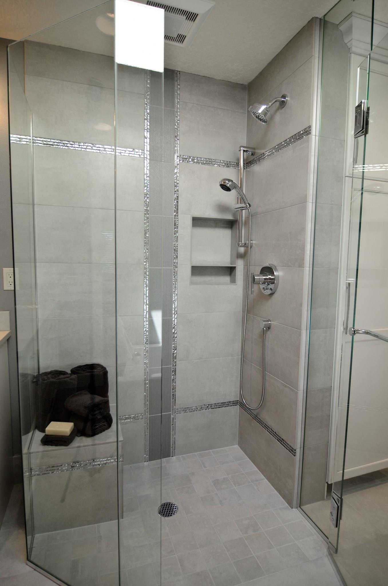 reinventedranch06-bathroom-shower-vertical