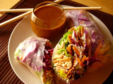 vietnamese summer rolls with hoisin-peanut sauce