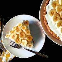 banoffee pie with pretzel crust