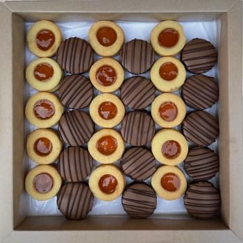 Jam & Belgian Chocolate Mix Sable Box
