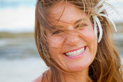 smiling, beach, selfie