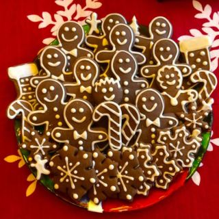 Three Tips for Making Picture Perfect Gingerbread Cookies