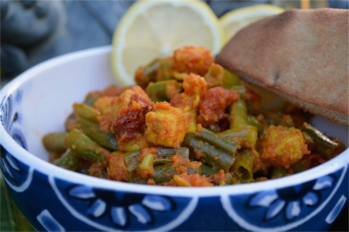 Persian Green Beans (Loobia) with Chicken - great with rice or ww naan