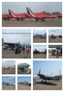 www.over40andamumtoone.com  Static Displays